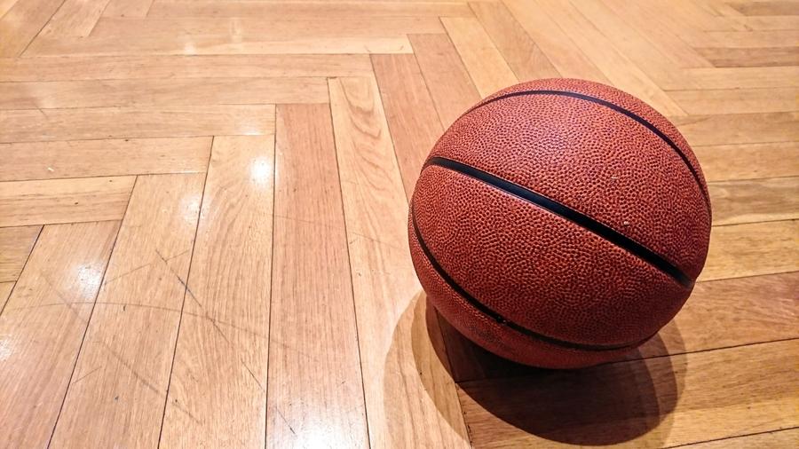 バスケットボール小